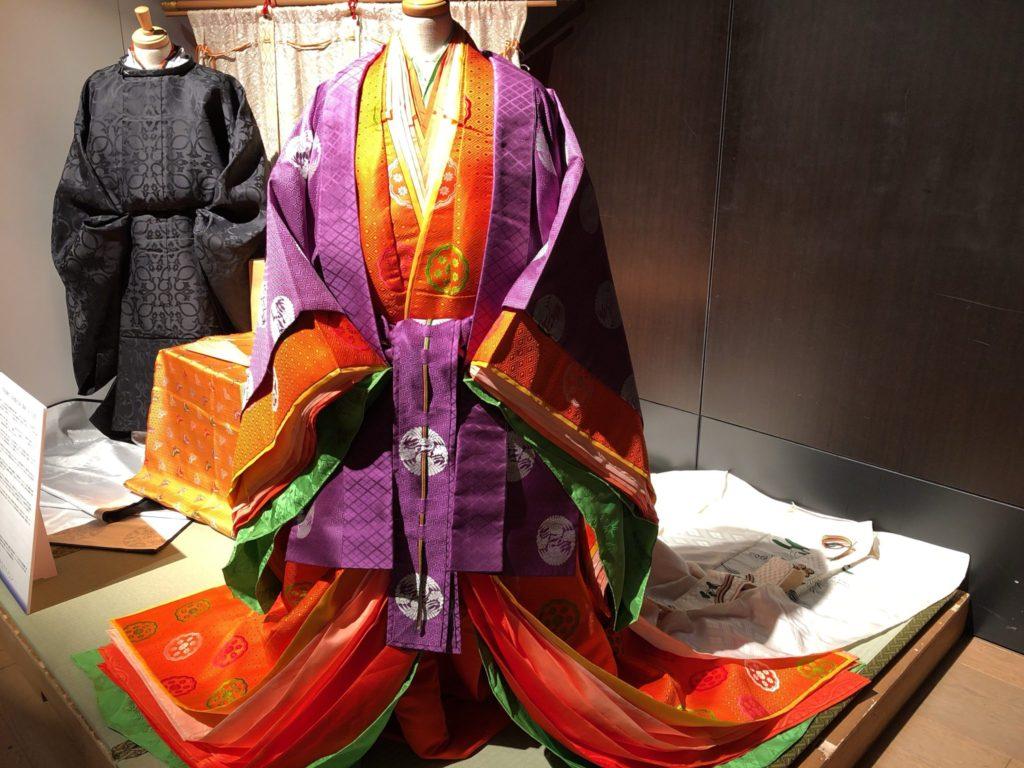 東京キモノショー2019の十二単の展示