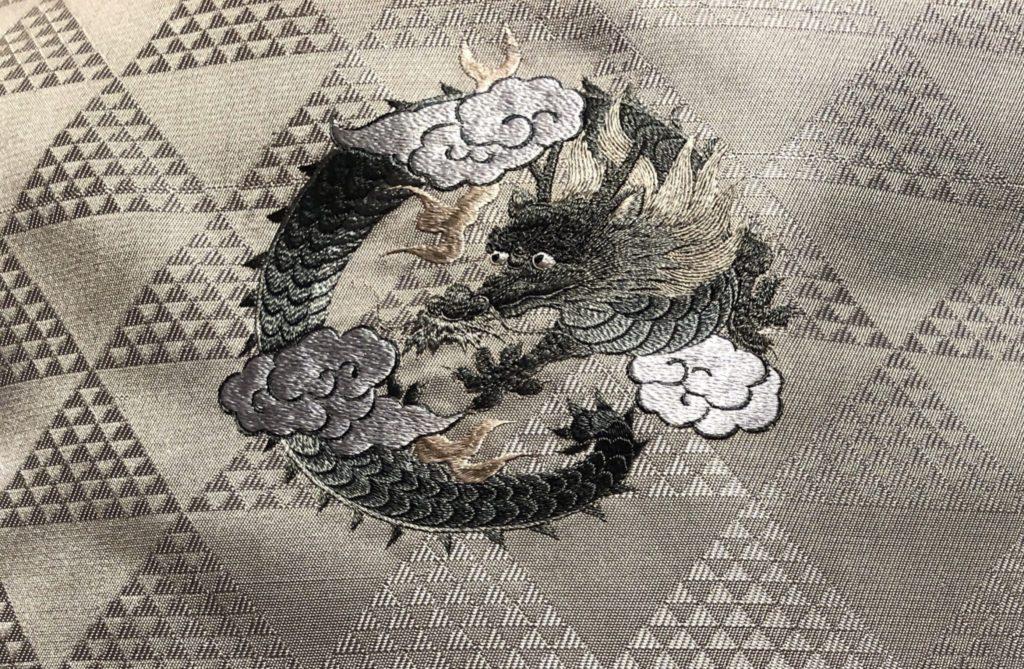 龍柄の着物