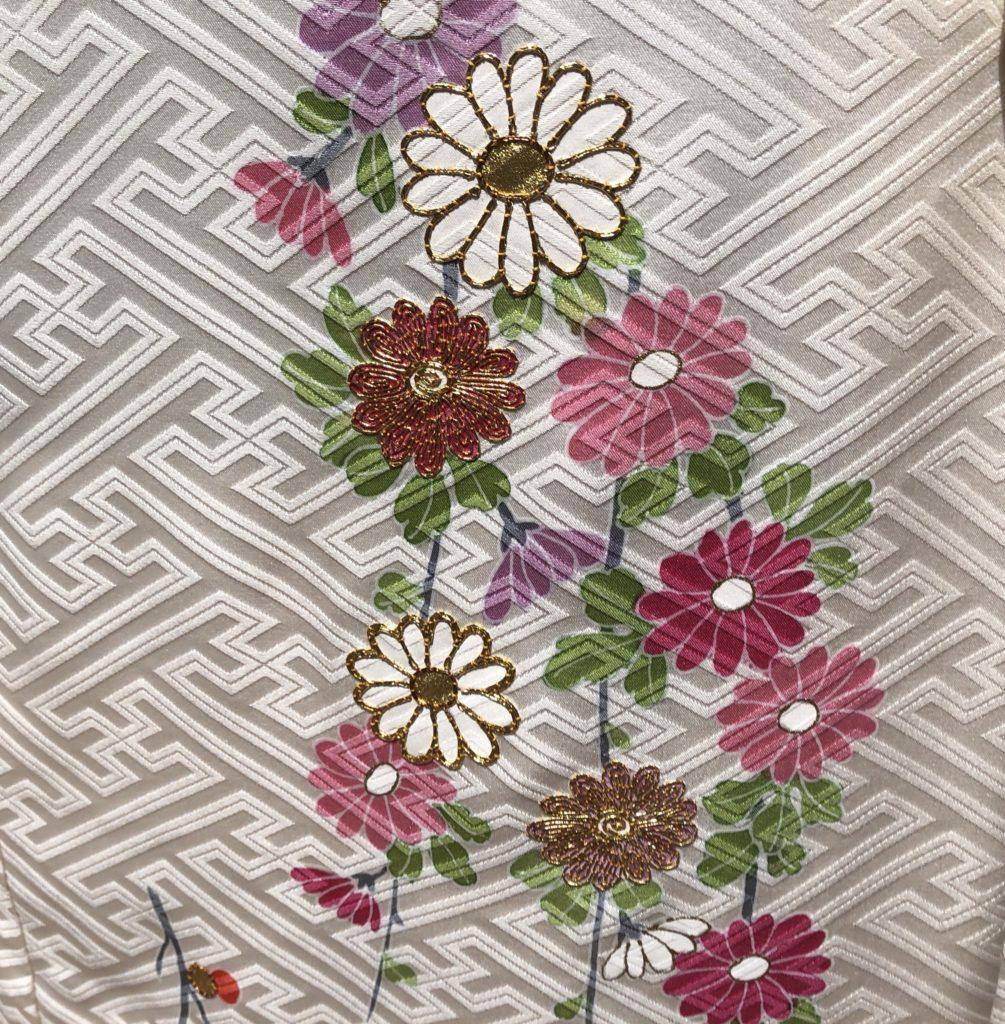 菊柄の着物