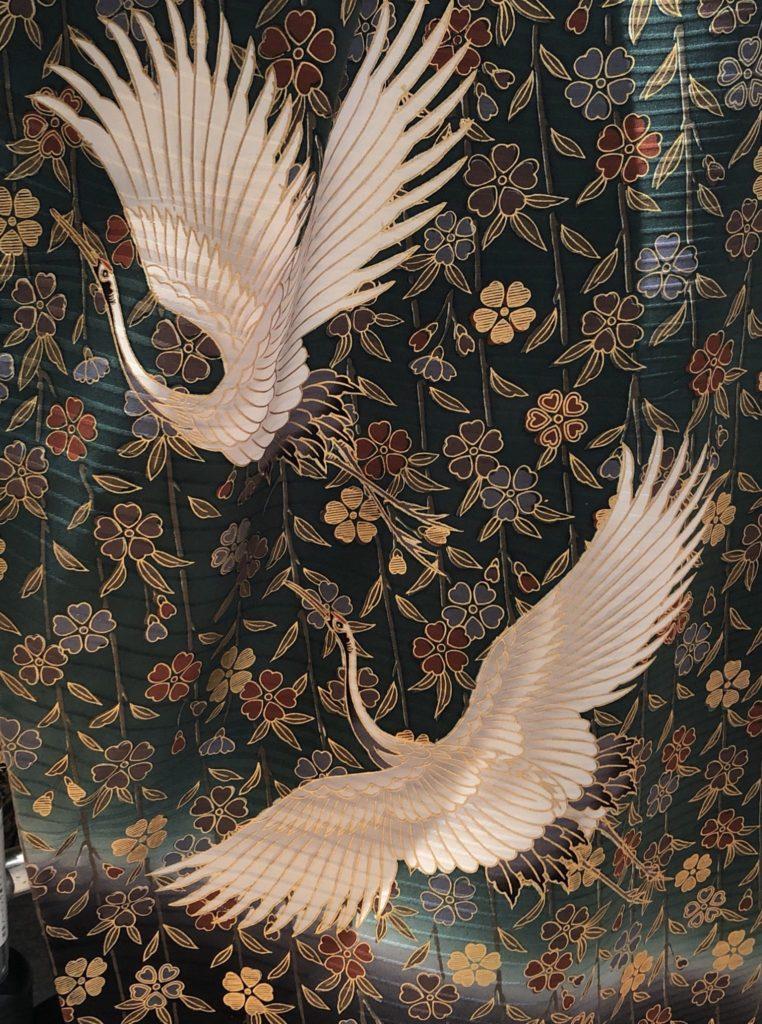 鶴柄の着物