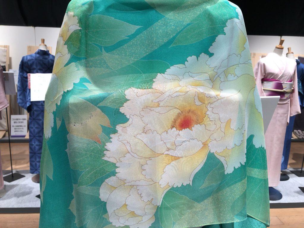 牡丹柄の着物